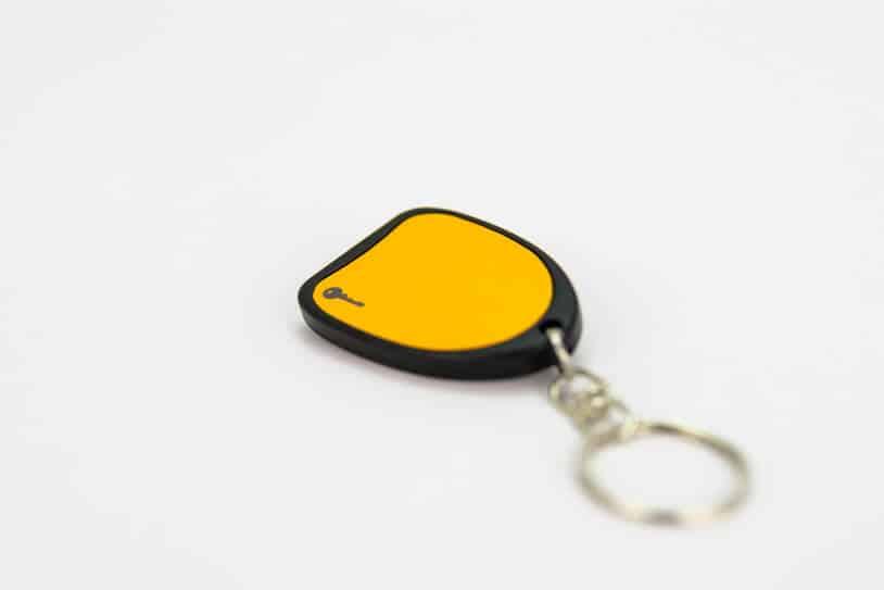 תג קירבה על מחזיק מפתחות